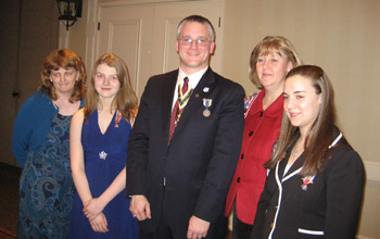Sue and Kate Szewczyk (Bemis Heights Society), Rich Fullam, Sandy and Lexi Zerrillo (Schuyler Society) - Photo: Duane Booth
