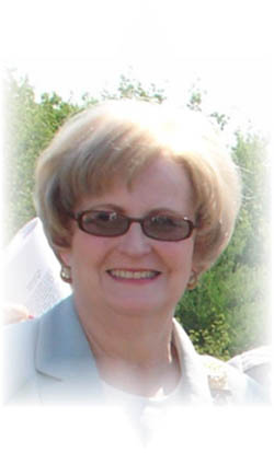 Marion Walters, Regent of the Saratoga Chapter, NSDAR